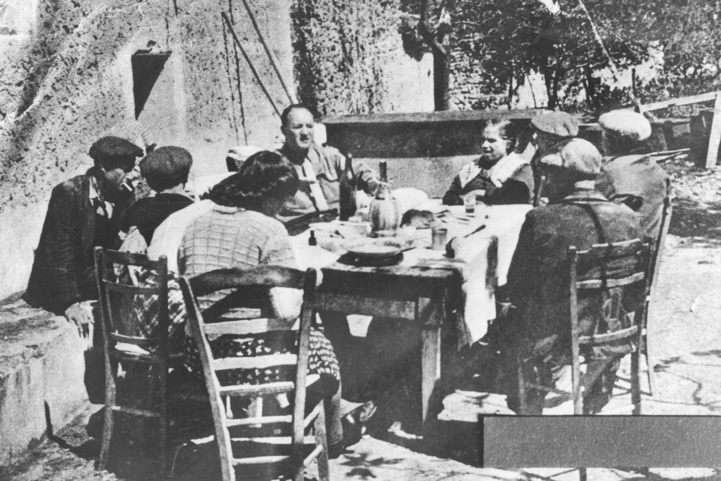 stern-pranza-dai-giuliano-8-maggio-1947 copia